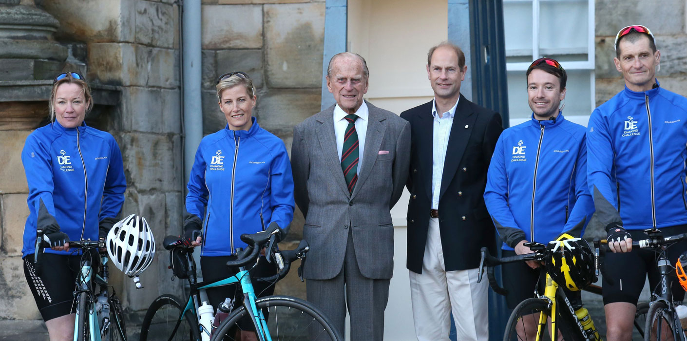 The Earl and Countess of Wessex at the start of DOE cycle challenge