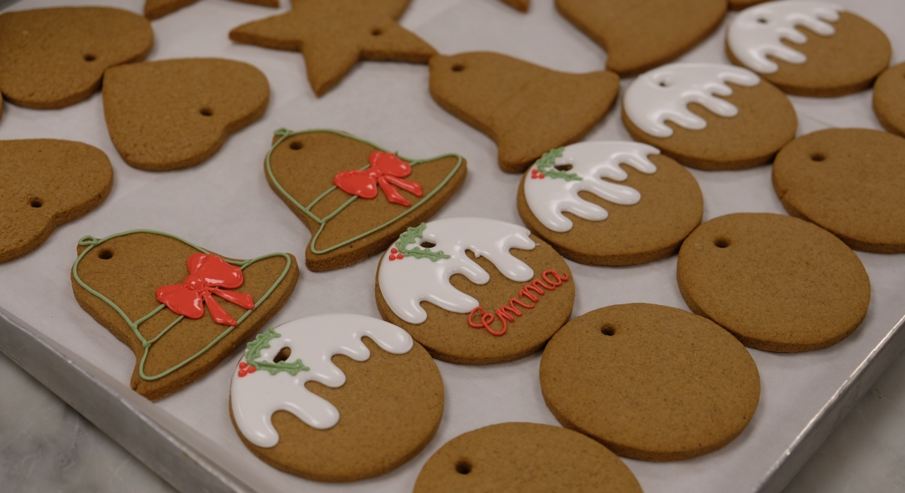 Inside The Kitchens At Buckingham Palace Christmas Ginger Bread