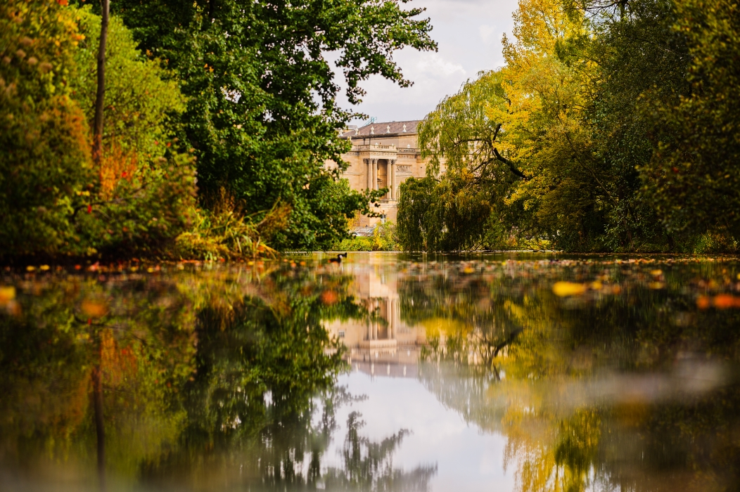 #GardenGram: a unique perspective of the Buckingham Palace Garden on Instagram