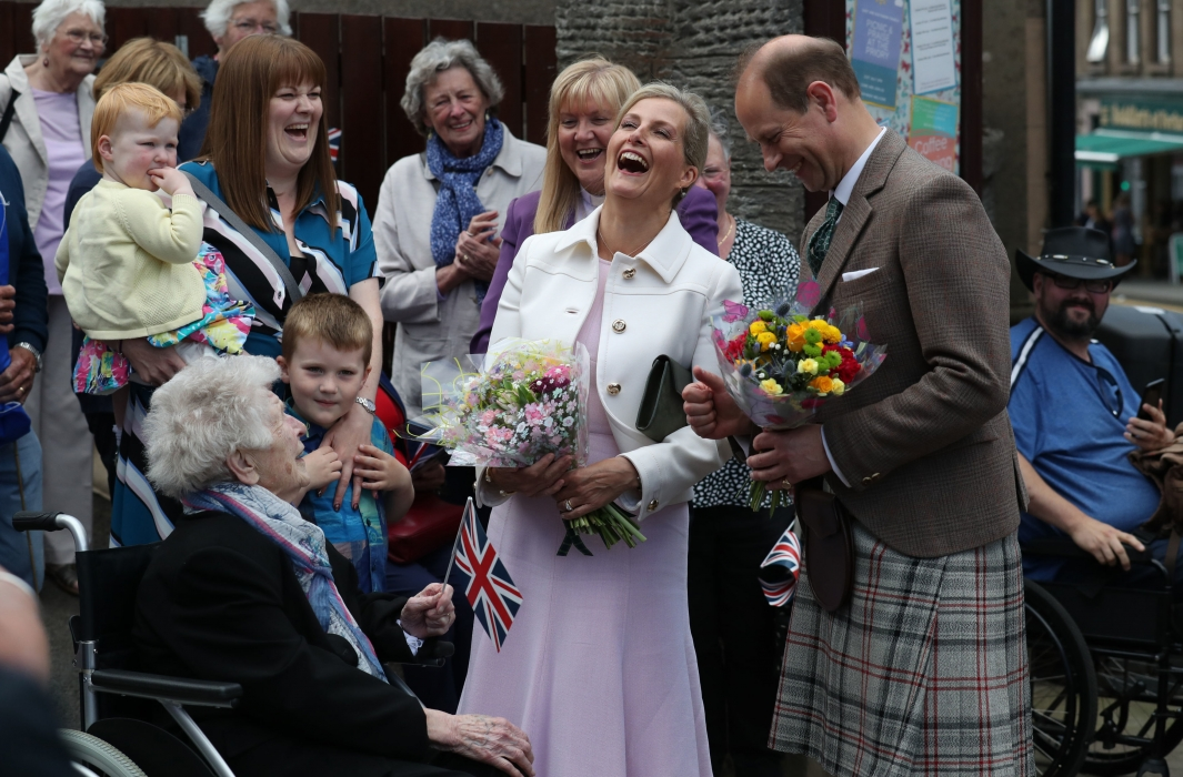 The Earl and Countess of Forfar visit Forfar