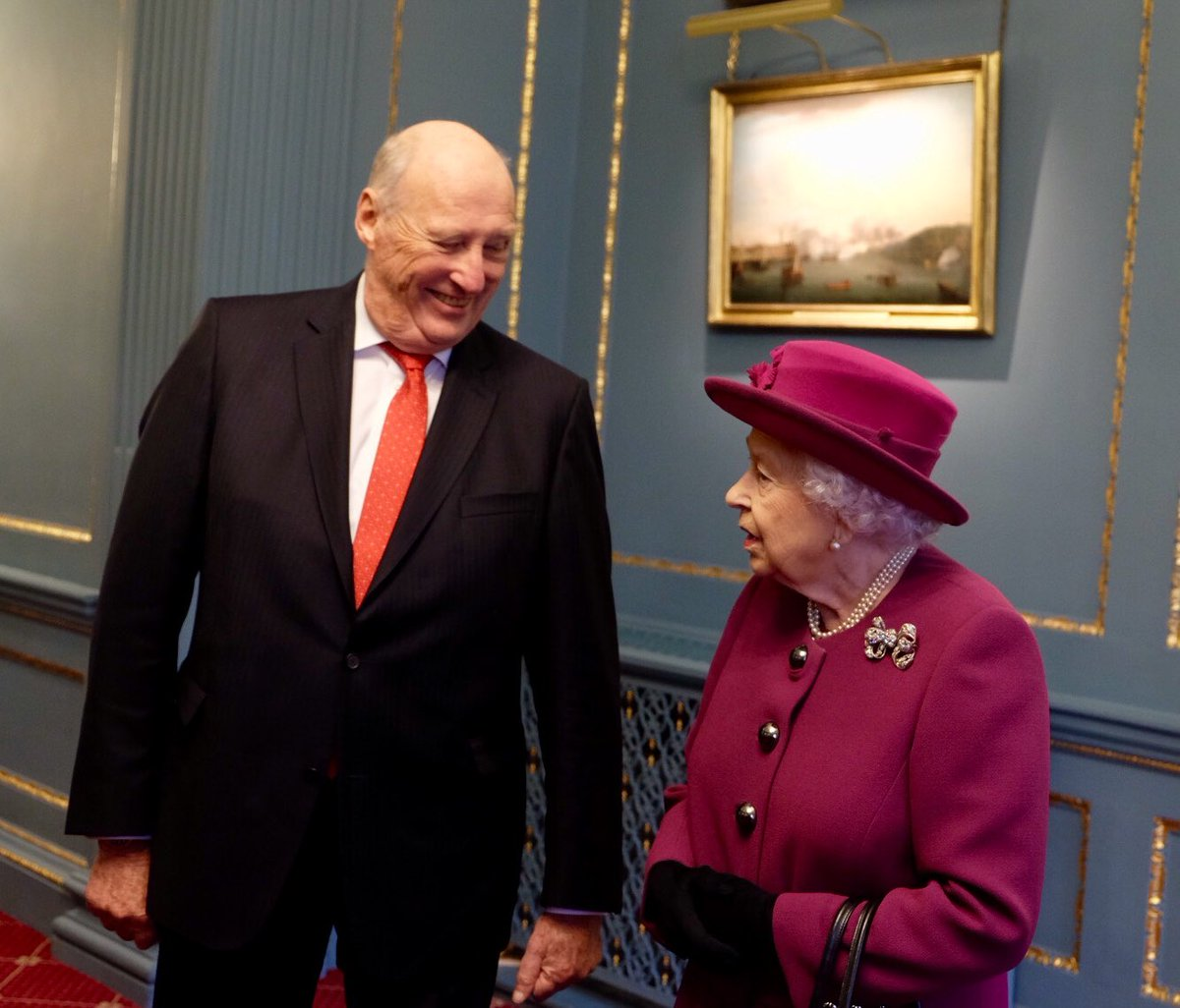 the Queen and the king of norway
