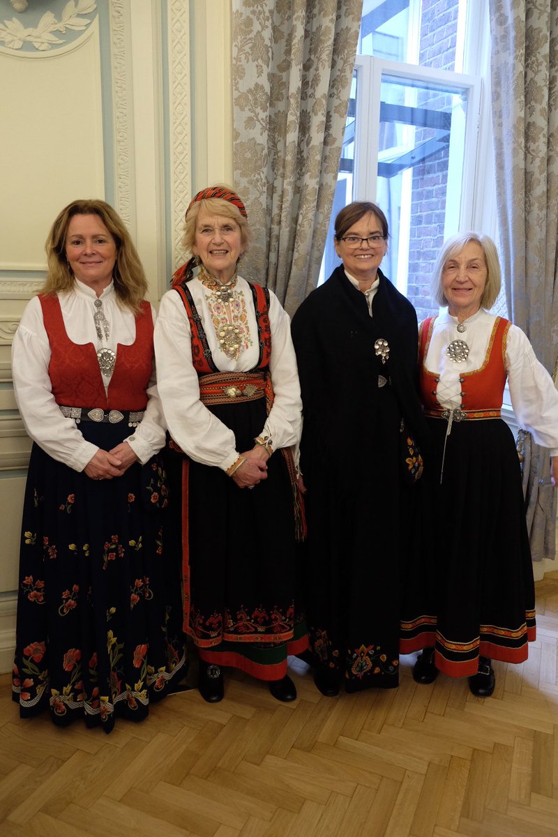 national costume of norway