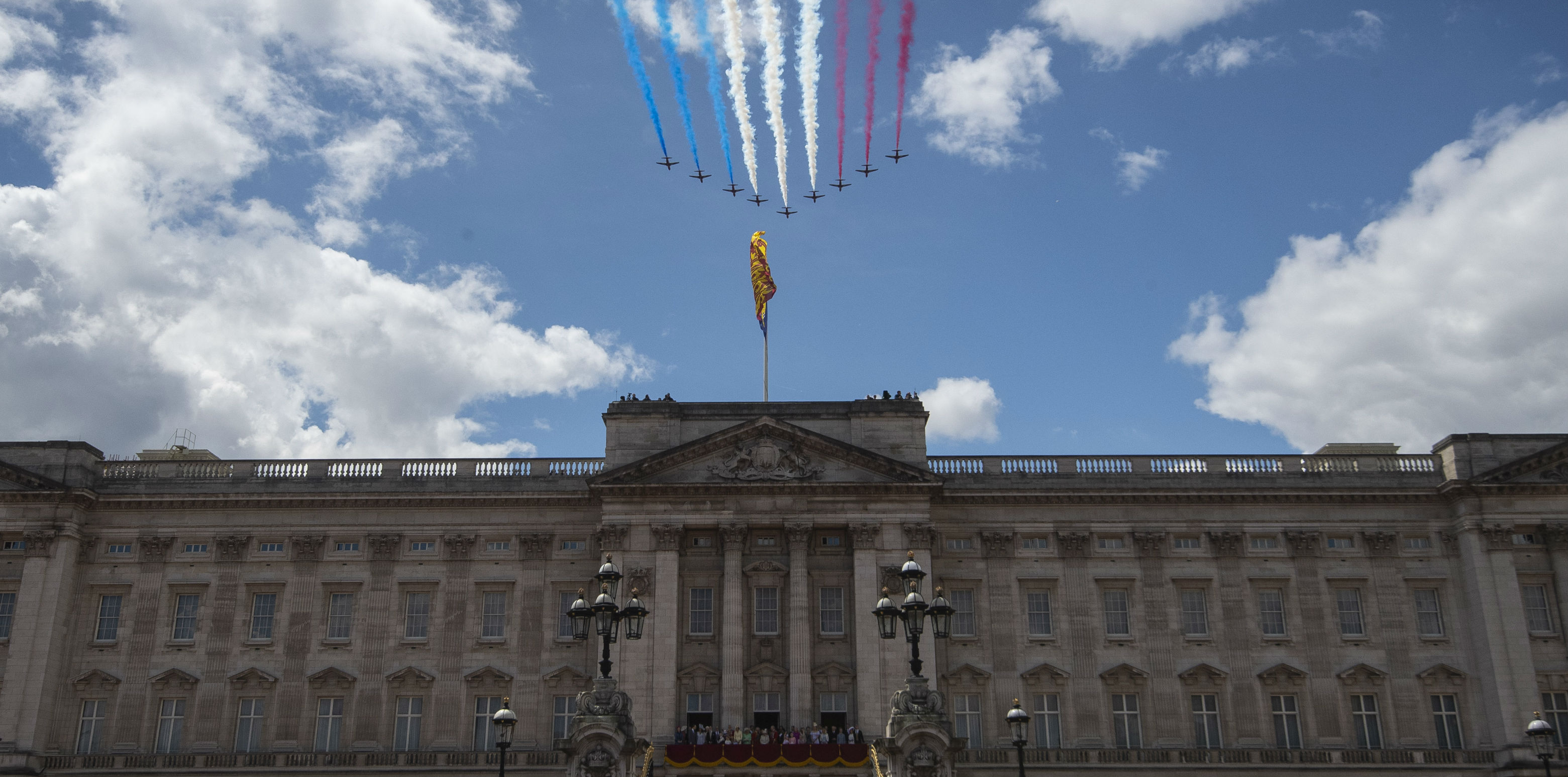 Flyover over Buckingham Palace at Trooping of Colour