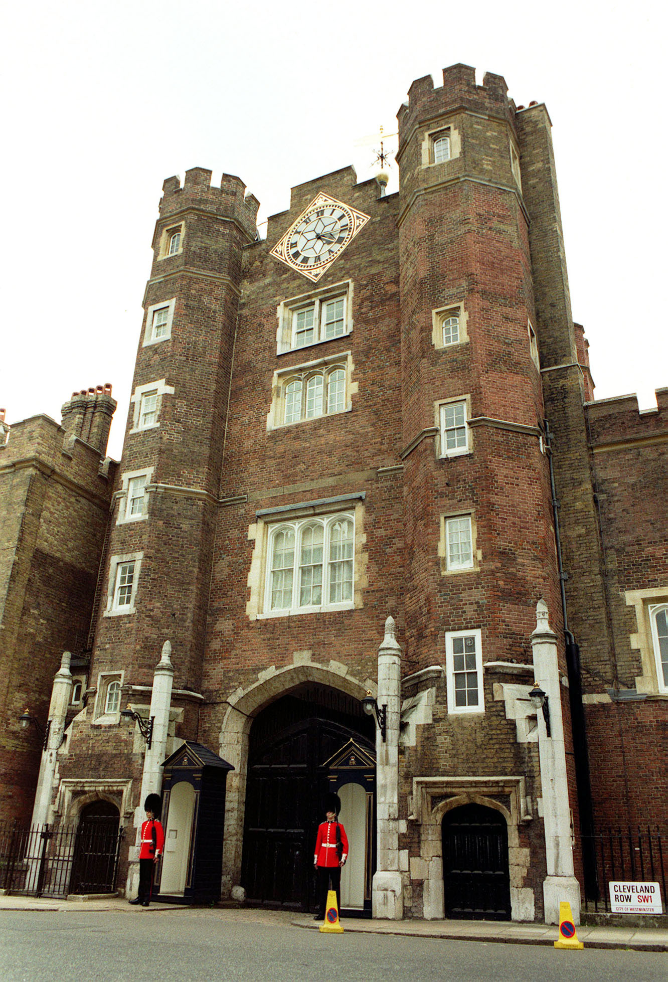 St James's Palace, exterior