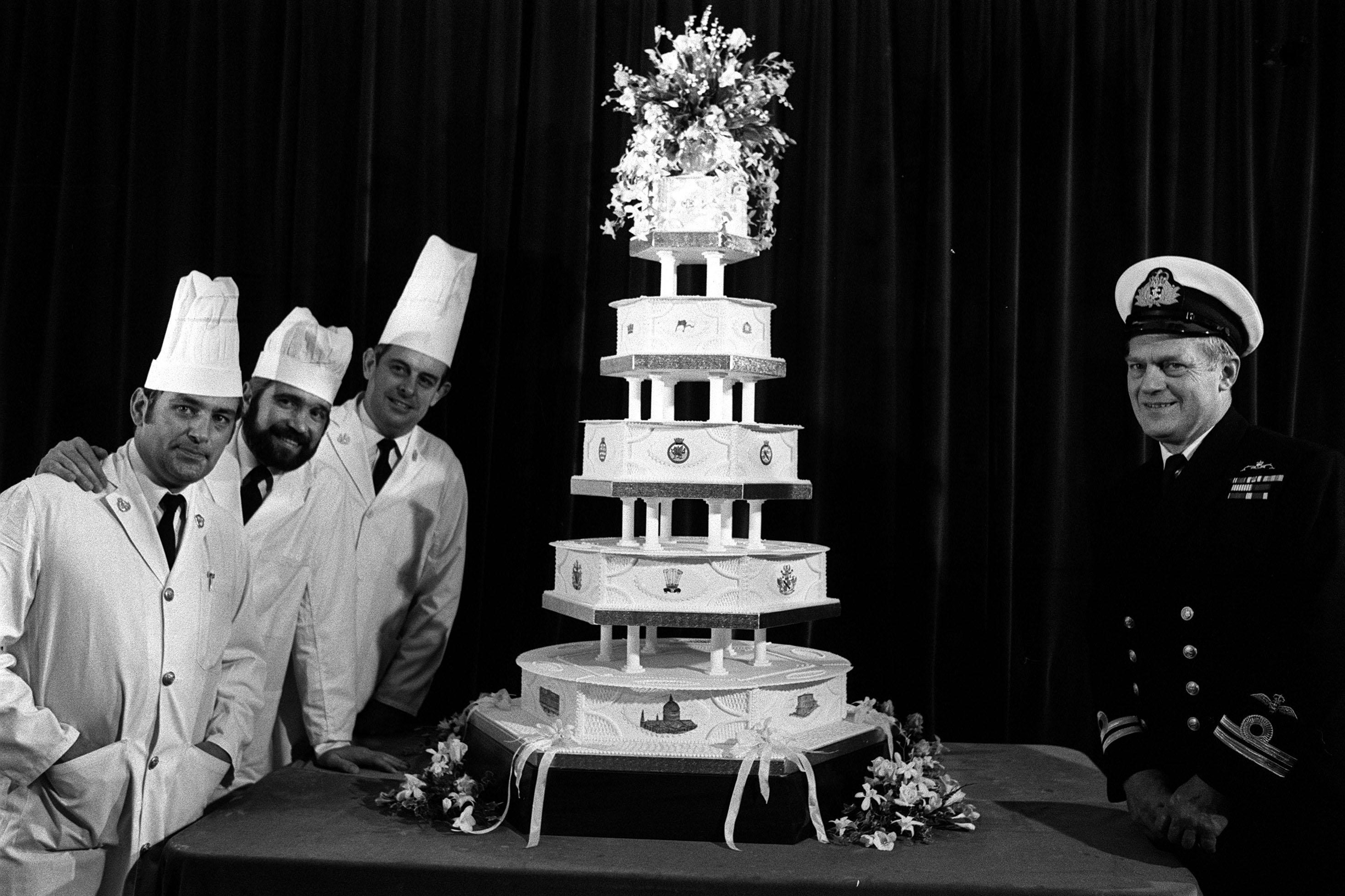 Prince of Wales and Diana Princess of Wales' wedding cake