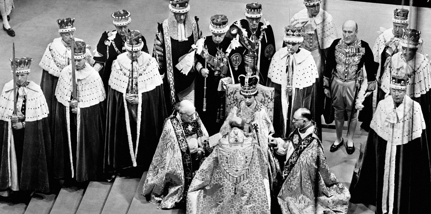 http://www.royal.uk/sites/default/files/media/queen-elizabeth-ii-coronation-service-in-westminster-abbey.jpg