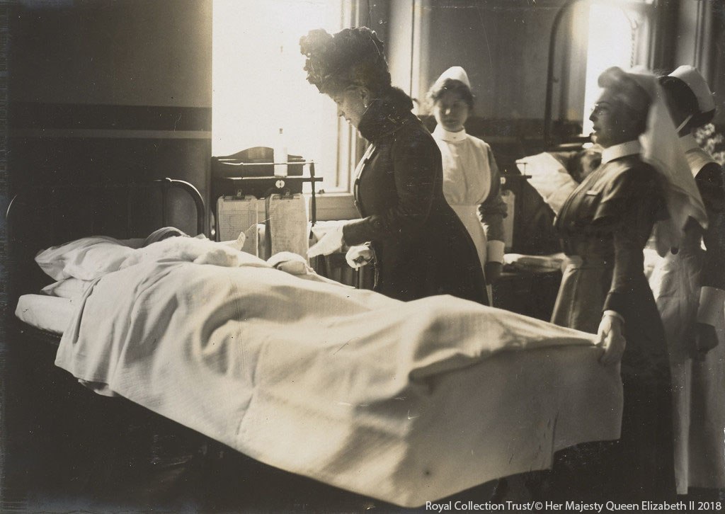 Queen Mary visits a hospital