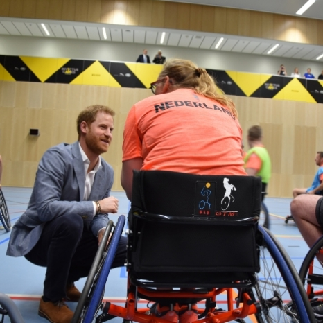 Today The Duke of Sussex, Patron of the @invictusgames2020, visited The Hague to officially launch the Invictus Games The Hague 2020.  The Invictus Games uses the power of sport to inspire recovery, support rehabilitation and generate a wider understanding and respect for wounded, injured and sick Servicemen and women. The Duke met many competitors and their friends and families today.  The Duke was joined today by HRH Princess Margriet of The Netherlands, who was recently announced as honorary Chair of the Recommendation Committee of the Invictus Games The Hague 2020.  See more of The Duke's visit today on @SussexRoyal.