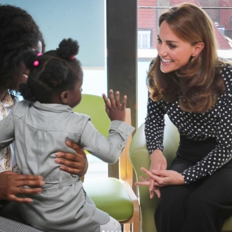 To further her research and engagement with the Early Years sector, The Duchess of Cambridge visited Sunshine House Children and Young People's Health and Development Centre to meet with the Southwark Family Nurse Partnership team and highlight the valuable work that they do.  Swipe to see more about their work:  2-3. The Family Nurse Partnership (FNP) is a voluntary home visiting programme for first-time parents aged 24 and under.  Parents are partnered with a specially trained family nurse who visits them regularly, from early pregnancy until their child is two. The Duchess met the team at Sunshine House to discuss the FNP programme and its impact on clients and communities, and hear more about the strategic direction and development of the programme in England.  4-5. The Duchess met mothers who have been through the FNP programme to understand how the programme has helped them and their children.  The programme supports young mums to have a healthy pregnancy, improve their child's health and development, and reach their goals and aspirations.  Multiple rigorous evaluations show it has a long-term positive impact on child outcomes. FNP is delivered in around 70 areas across England and each local team is made up of specially trained family nurse supervisors, family nurses, and quality support officers.  6-7. FNP in Southwark is delivered by Evelina London, of which The Duchess is Patron. As part of Guy's and St Thomas' NHS Foundation Trust, Evelina London is a major children's hospital and provider of community services.  From health visitors and school nurses to specialist treatment for children with long-term health conditions, Evelina London's community services care for children and families across the boroughs of Lambeth and Southwark — thank you to everyone that came out to greet The Duchess of Cambridge today! 📷 Kensington Palace / PA