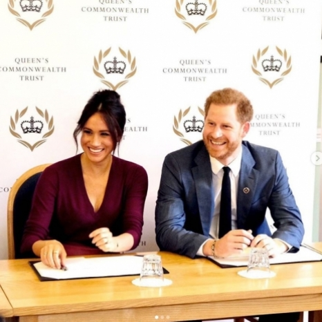 Having attended the 10th Annual One Young World opening ceremony on Tuesday, The Duchess of Sussex was joined today by The Duke of Sussex for a round table discussion on gender equity with OYW and Queen's Commonwealth Trust young leaders.  Over the last few days, these young leaders became @OneYoungWorld ambassadors with the intention to return to their communities and further existing initiatives to help change the world for the better.  This year OYW partnered with the @Queens_Commonwealth_Trust, of which The Duke and Duchess are President and Vice-President respectively, to provide scholarships to young leaders driving positive social impact in the Commonwealth.  This was the most exciting collaboration between two groups The Duchess is passionate about and has been working with for some time.  For more information and highlights from the week and how you can support these incredible leaders and their initiatives, visit @OneYoungWorld  Photo © SussexRoyal / PA